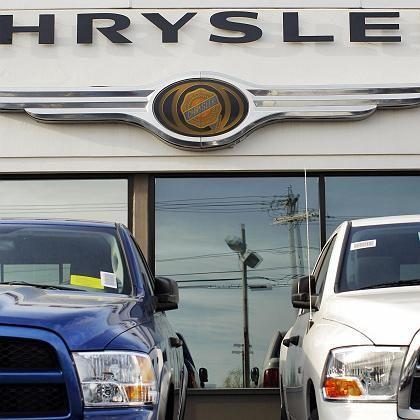 Ladenhüter: Die von Ex-Daimlerchef Jürgen Schrempp forcierte Fusion mit Chrysler kostete Daimler-Anleger Milliarden. Nun fordert die inzwischen an Cerberus abgegebene Tochter noch Geld von den Stuttgartern
