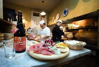 Einladung zum Schlemmen: In Italien verbinden sich erlesener Kulturgenuss und Gourmeterlebnisse auf das glücklichste