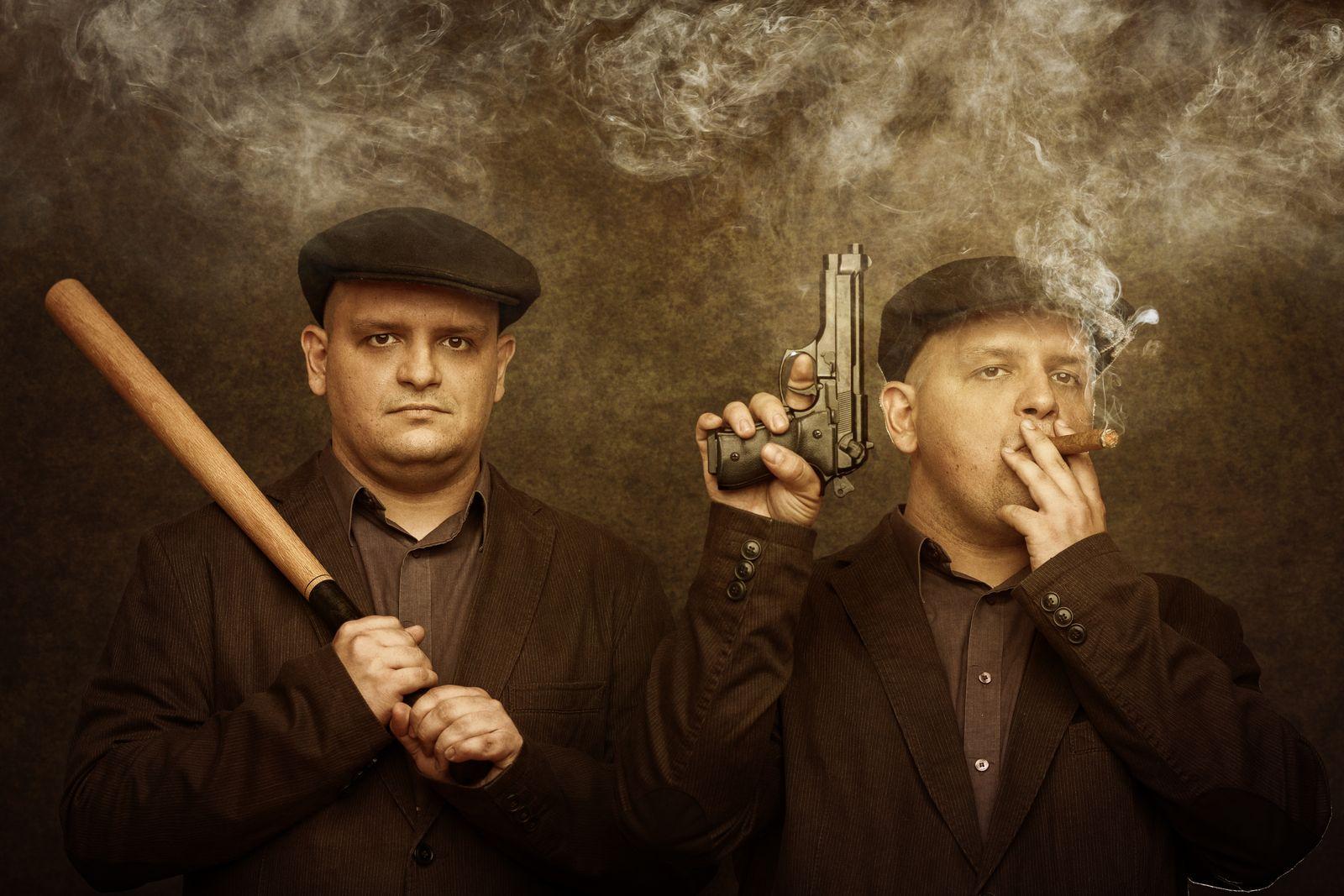 EINMALIGE VERWENDUNG Gangster / Verbrecher