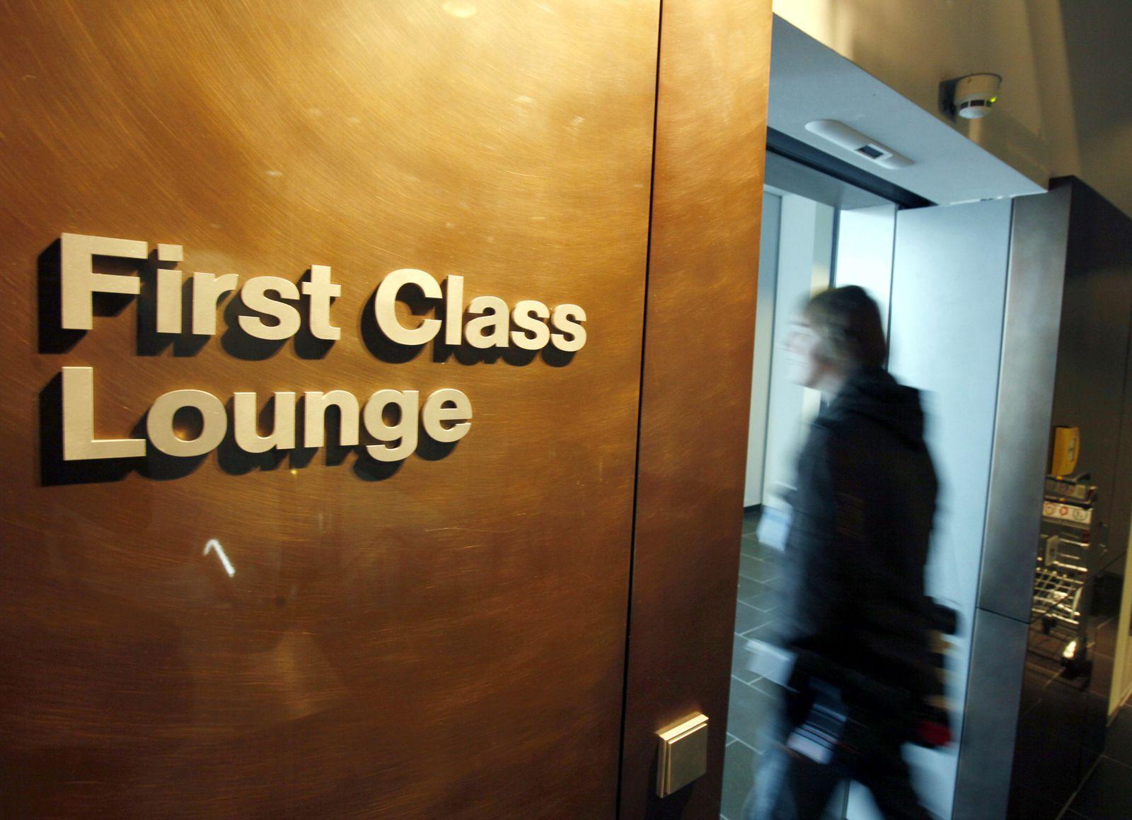 Lufthansa / First Class Lounge / Frankfurt