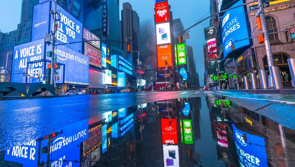 Leuchtreklame: Ist die Eroberung von Adland durch die digitalen Giganten noch aufzuhalten?