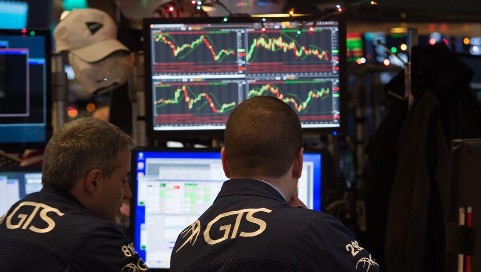 Händler an der New Yorker Börse: Zinsänderungen stets im Blick