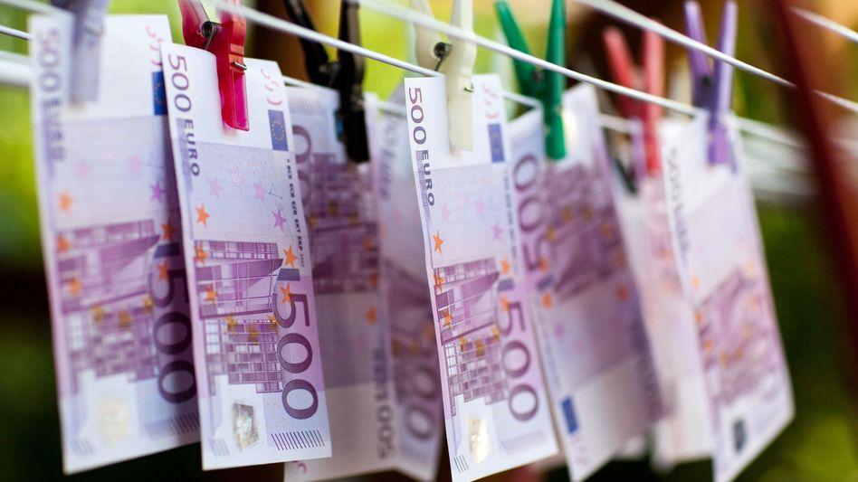Nur Bares ist Wahres? Die EU will Zahlungen mit Bargeld auf 10.000 Euro begrenzen
