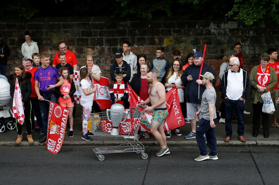 Die Bus Parade In Bildern So Spektakular Feiert Liverpool Jurgen