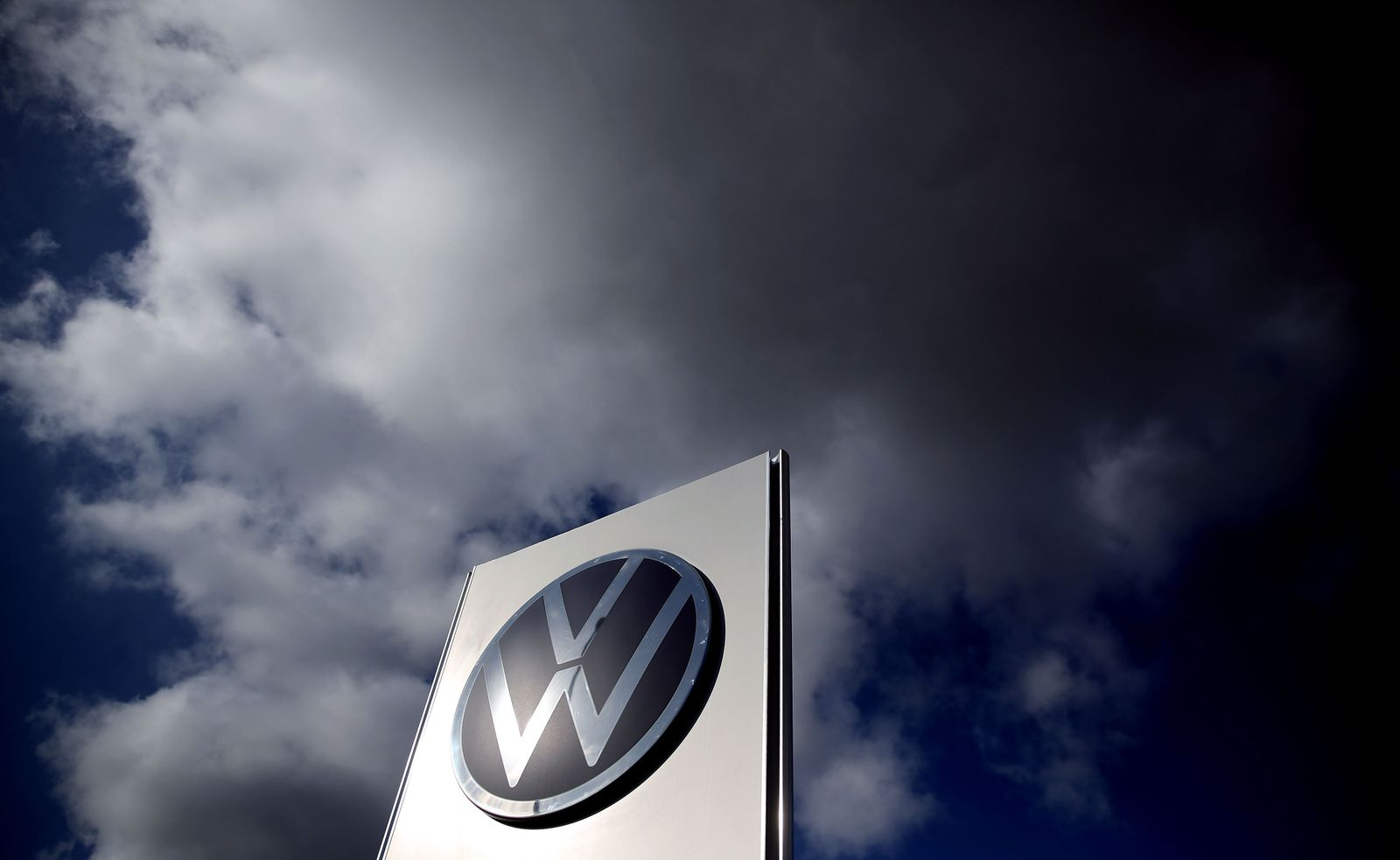 FILES-GERMANY-AUTOMOBILE-VOLKSWAGEN-DIESEL-COURT-POLLUTION