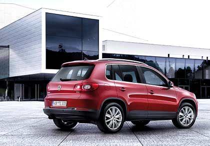 Eine Nummer kleiner als der Touareg: VW stellt in Frankfurt den kompakten Geländewagen Tiguan vor.