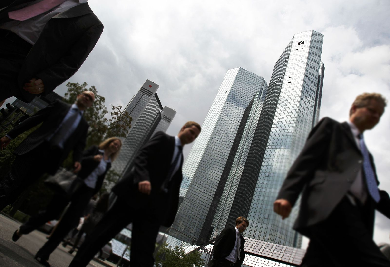 Deutsche Bank / Banker / Frankfurt / Banken-Viertel / Spitzensteuersatz