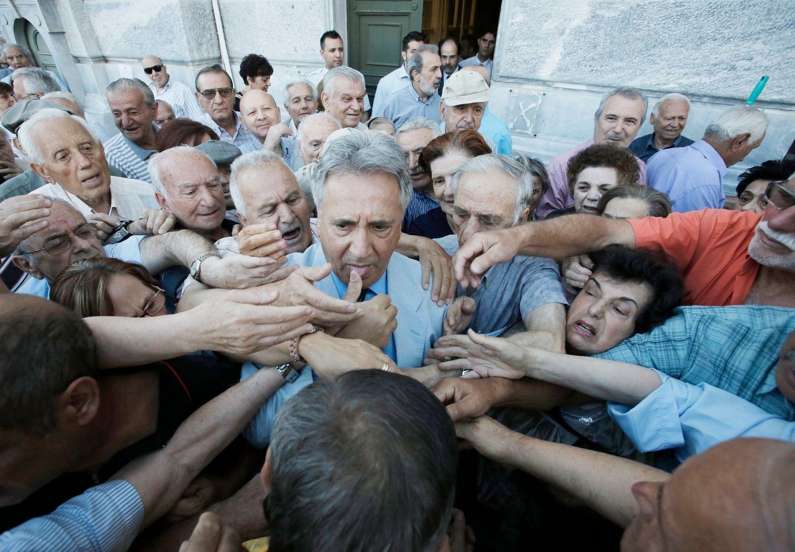 Rentner in Griechenland / Banken / Rente