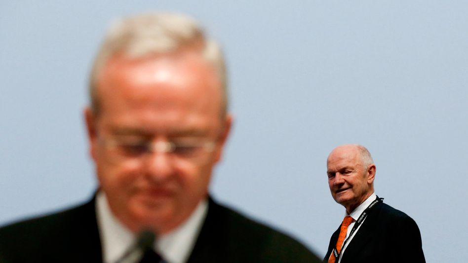 """Winterkorn, Piëch: VWs """"Glücksfall"""", wie Betriebsratschef Osterloh Winterkorn nennt, ist nach Meinung von Experten geschwächt"""