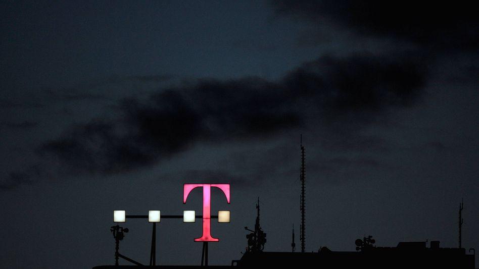 Dunkle Wolken hängen über der Telekom