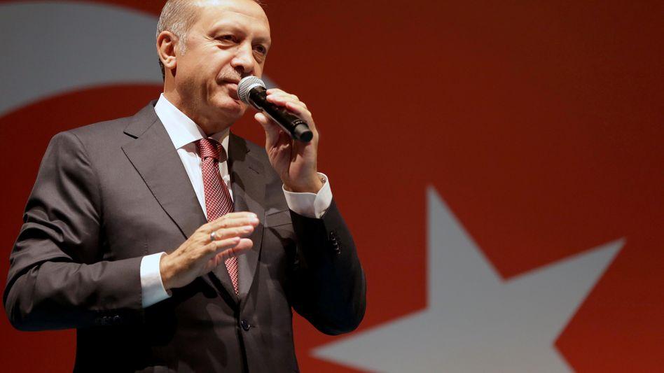Recep Tayyip Erdogan: Auf das Geld anderer angewiesen