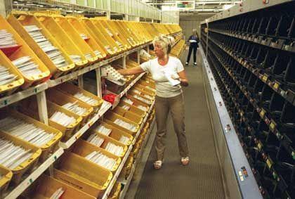 Sortieren als hoheitliche Aufgabe: Briefzentrum der Post