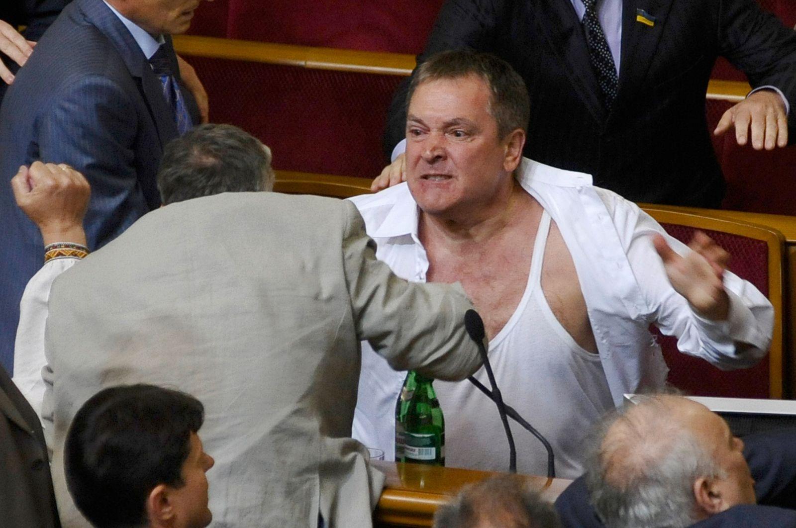 Parlament Ukraine / Schlägerei
