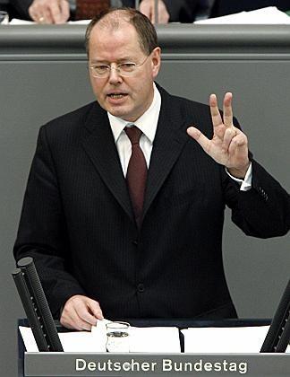 """Peer Steinbrück: """"Ich müsste an anderer Stelle 17 Milliarden streichen"""""""