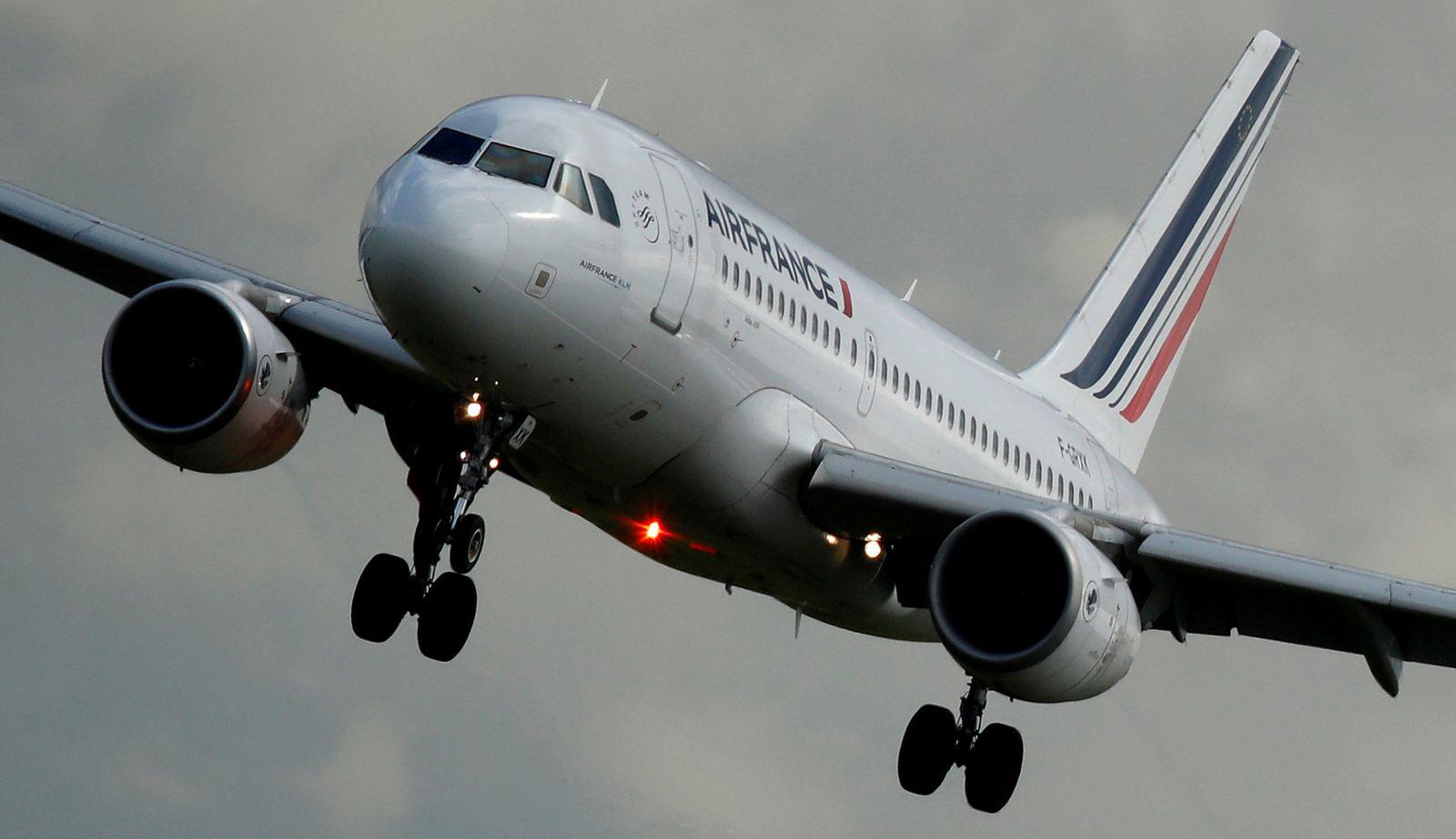AIR FRANCE KLM-CEO/