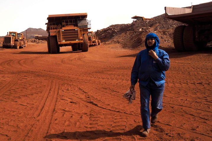 Eisenerzgrube in Mauretanien: Was wird noch billiger als Öl? Die für die Ölproduktion nötigen Inputs