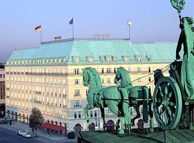 Erste Adresse: Das Adlon am Pariser Platz in Berlin ist Deutschlands Aushänge-Hotel