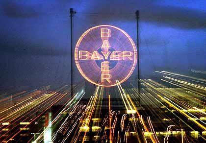Unabhängiger von Konjunktur: Der drohenden Rezession zum Trotz rechnet der Bayer-Konzern in diesem und kommenden Jahr mit einem steigenden Ergebnis.