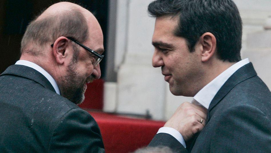 Schulz, Tsipras in Athen: Statt Steuern im eigenen Land einzusammeln, pöbelt der neue griechische Regierungschef lieber gegen Kanzlerin Merkel