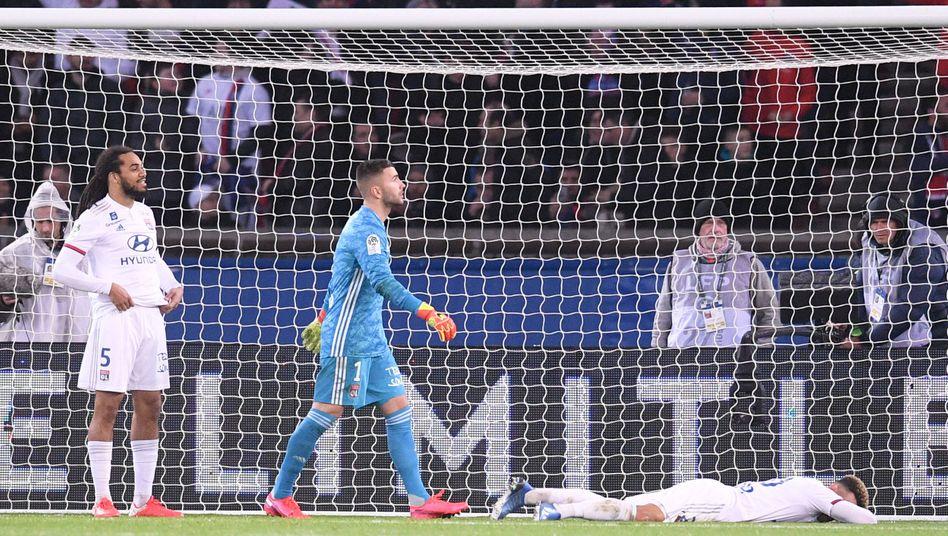 Virtuelle Elemente: In der Partie von PSG gegen Lyon am 9. Februar wurde den Fernsehzuschauern unterschiedliche Werbung angezeigt.