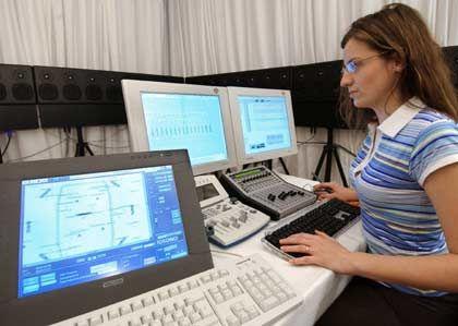 """""""An der Ausbildung kann es nicht liegen"""": Personalberater über Berufsaussichten von Ingenieurinnen"""
