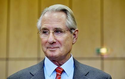 Schwer unter Beschuss: Ex-Post-Chef Zumwinkel, der auch Aufsichtsratschef der Deutschen Telekom war.