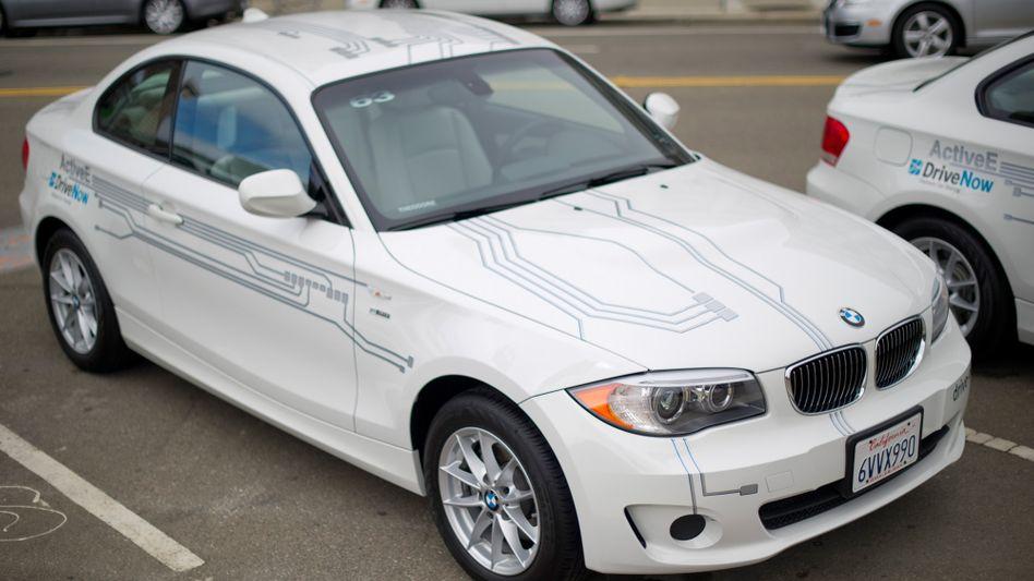 Drive-Now-Fahrzeug: BMW betreibt den Carsharing-Dienst gemeinsam mit Sixt. Jetzt hat BMW offenbar Kundendaten an ein Gericht herausgegeben, das daraus ein präzises Bewegungsprofil eines Angeklagten erstellen konnte.