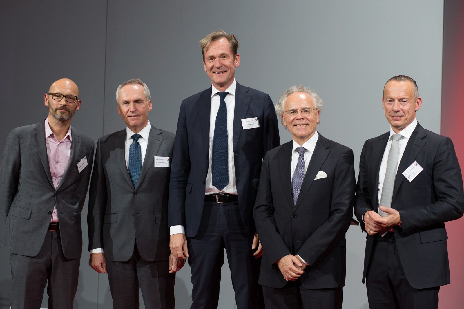 EINMALIGE VERWENDUNG Game Changer Awards 2015