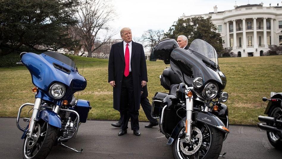 Im Februar 2017 lud Donald Trump das Management von Harley Davidson noch ins Weiße Haus ein,