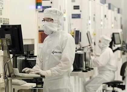 Produktionsstopp: Mitarbeiter von Qimonda in Dresden