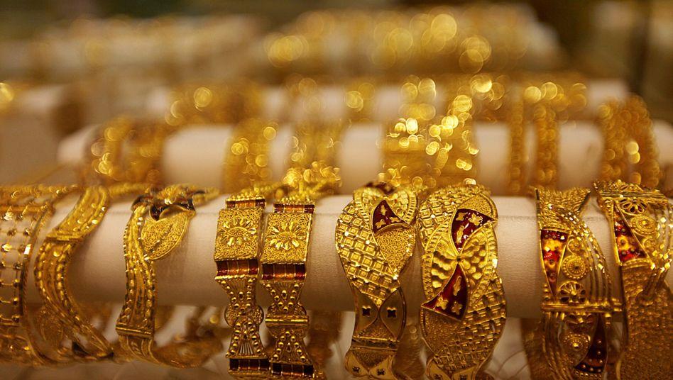 Gold: Je höher die Nervosität an den Märkten, desto mehr Anleger flüchten in die Krisenwährung