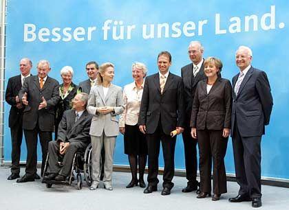 Unionsköpfe: Kompetenzteam der Kanzlerkandidatin Merkel