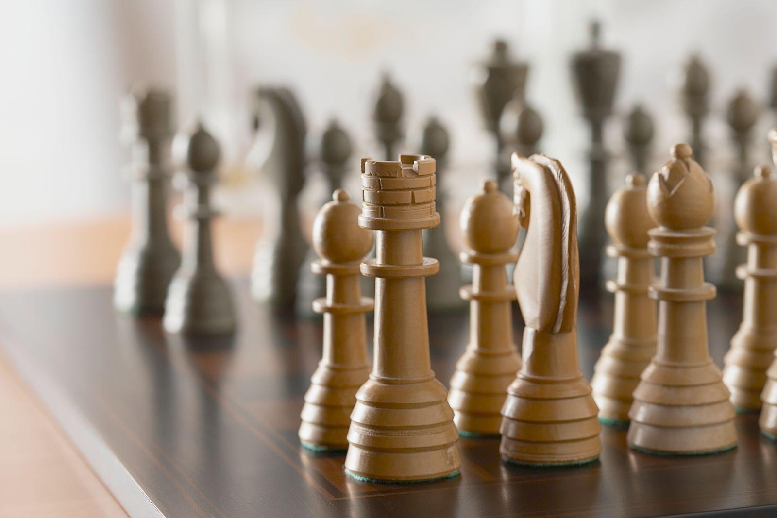 NICHT MEHR VERWENDEN! - Schachfiguren / Schach / Spiel