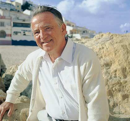 """Roland Leuschel (70) war jahrelang Chefstratege und Direktor der Banque Bruxelles Lambert (heute ING). Seine Warnung vor einem Crash machte ihn 1987 bekannt. Heute lebt er als Pensionär in Portugal, Brüssel und Starnberg und schreibt Bücher (""""Das Greenspan-Dossier"""")."""