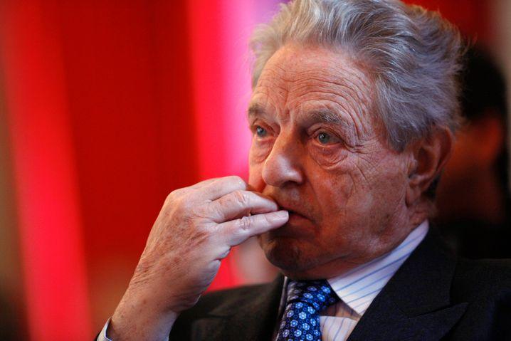Zwischen Philantrop und Heuschrecke: George Soros dürfte in der Auswahl von Buchautor Arnold die schillerndste und umstrittenste Figur sein.