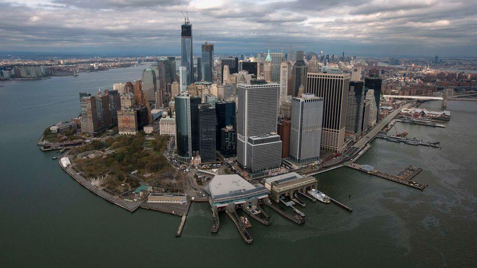 Skyline von New York: Vor allem im Luxussegment befinden sich die Immobilienpreise offenbar auf Talfahrt.