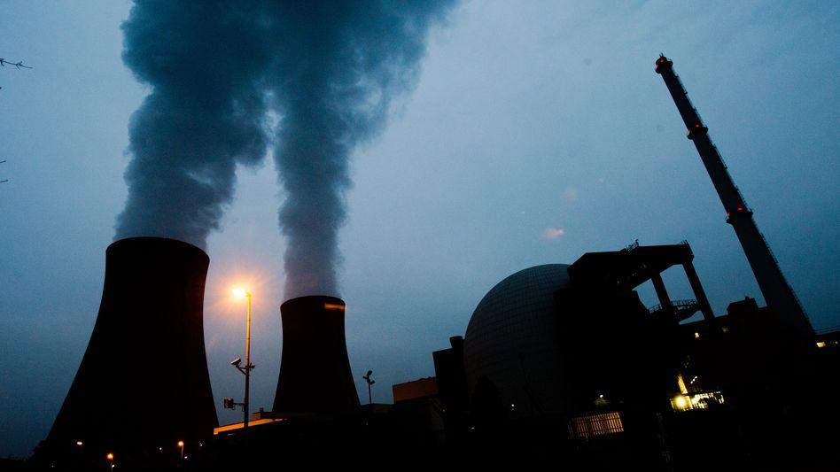Ein Problemfall unter vielen Problemfällen: das Kernkraftwerk Grohnde in der Gemeinde Emmerthal im Landkreis Hameln-Pyrmont gehört zu knapp 83 Prozent zu Eon.