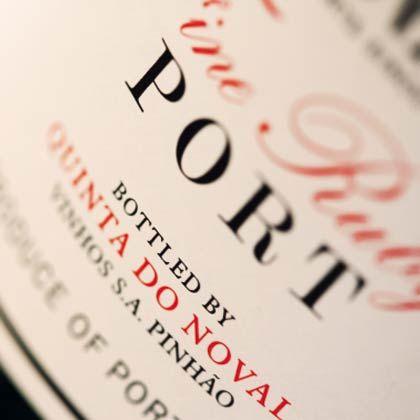 Idealer Dessertwein: Port passt gut zu Schokolade, aber auch zu etlichen Käsesorten
