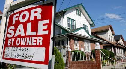 Zu verkaufen: Die meisten US-Häuslebauer haben variable Zinsverträge. Die nächste Erhöhung dürfte viele von ihnen in Not bringen
