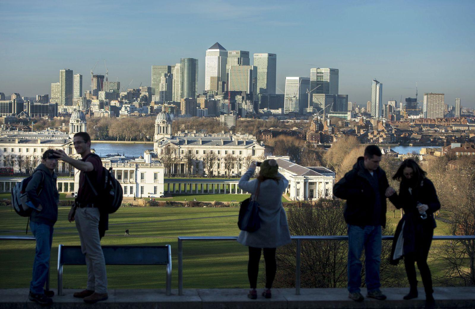 London Banken / Konjunktur / Banken-Viertel / Wirtschaft / England / Canary Wharf Bank Skyline