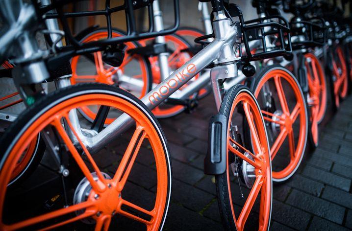 Mobike-Fahhräder in Berlin: Auch der Fahrradverleiher gehört mittlerweile zu Meituan