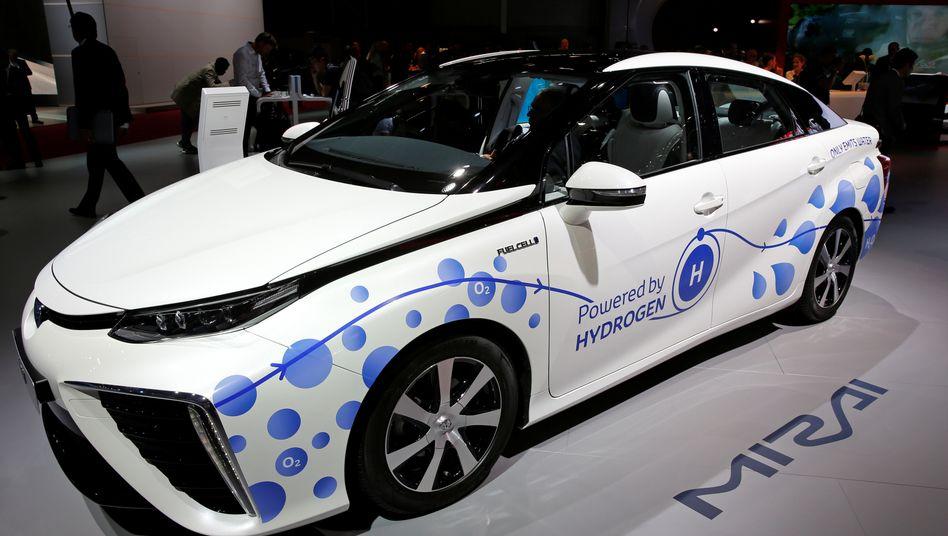 Toyota Mirai: Angetrieben mit Wasserstoff