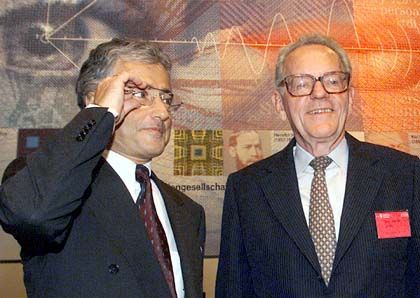 Alter und neuer CEO: Ron Sommer (l.) und Helmut Sihler