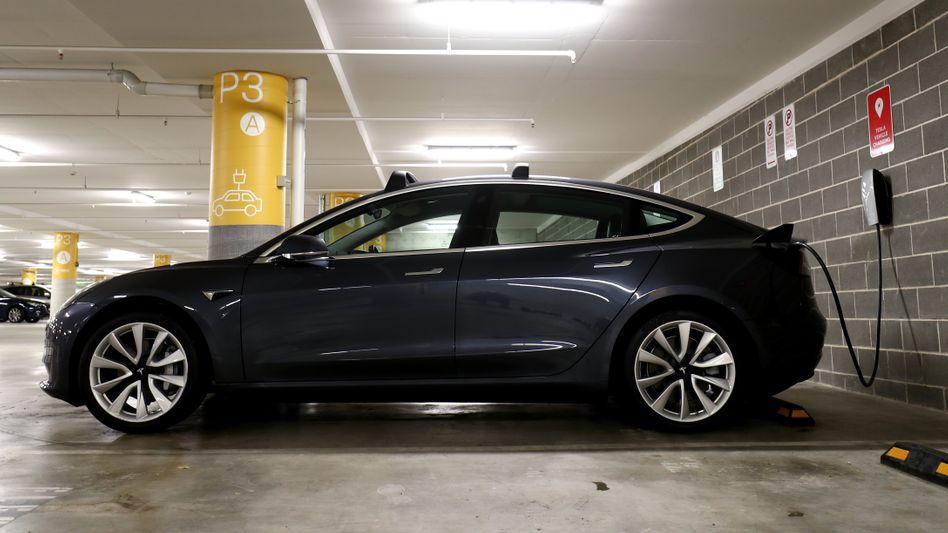 Ab Spätsommer in Deutschland erhältlich: Teslas Elektro-Kompakt-SUV Model Y wird ab August auch an deutsche Kunden ausgeliefert - die Autos stammen aus chinesischer Produktion