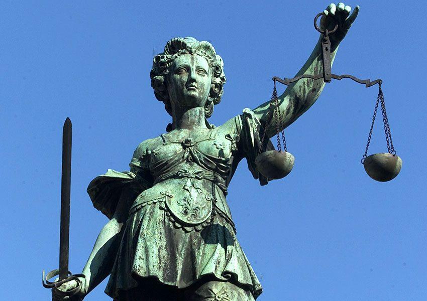 NICHT VERWENDEN Justizia