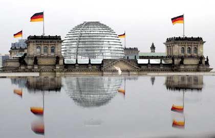 Sorgen im Bundestag: Ministerien beraten über Verhaltenskodex für Finanzinvestoren