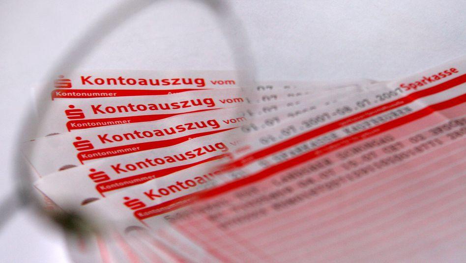 Kontoauszug: Zehntausende Menschen in Deutschland haben kein Konto, weil ihnen die Banken das verwehren