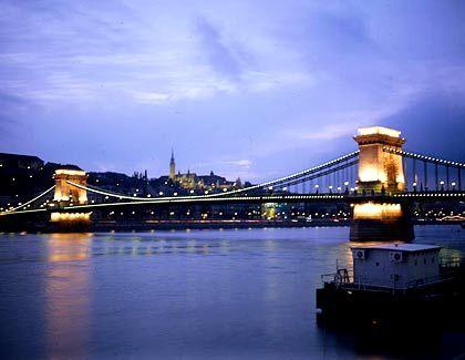 """Trügerische Ruhe in Budapest: """"In der gegenwärtigen Situation ist es klar, dass Ungarn zunächst ein wackeliges Schwellenland bleiben wird"""""""
