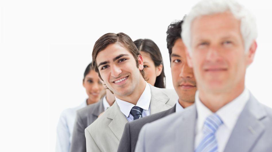 Der lachende Dritte: Frohnaturen kommen leichter durchs Leben - und erfolgreicher