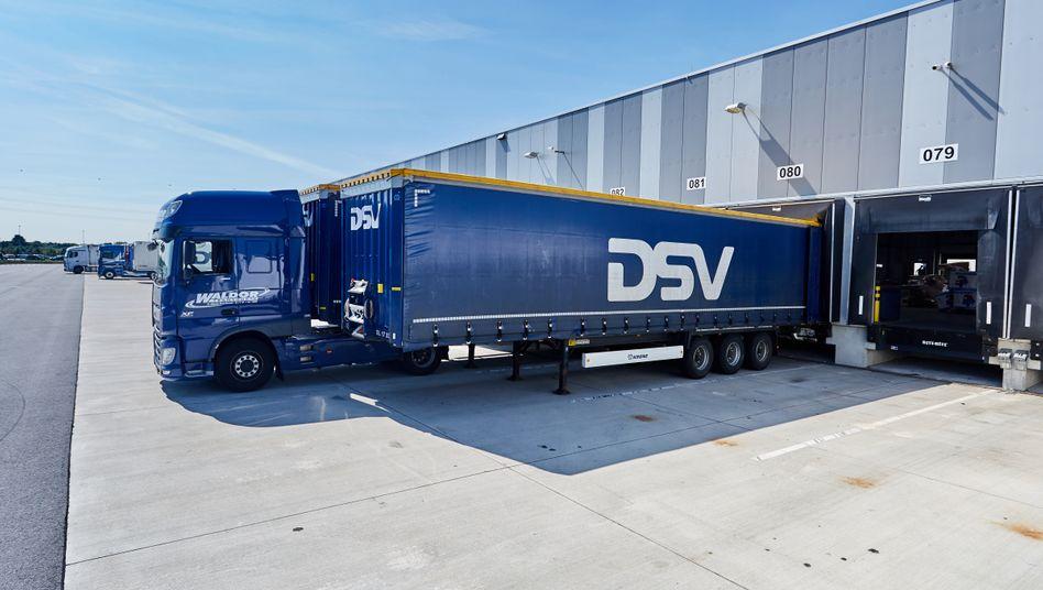 DSV-Truck: In der Logistikbranche bahnt sich eine Milliardenübernahme an